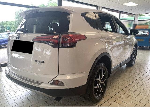 2017 Toyota RAV4 full
